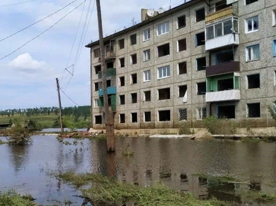 Жителям пострадавших от наводнения территорий Приангарья разрешили не платить за капремонт
