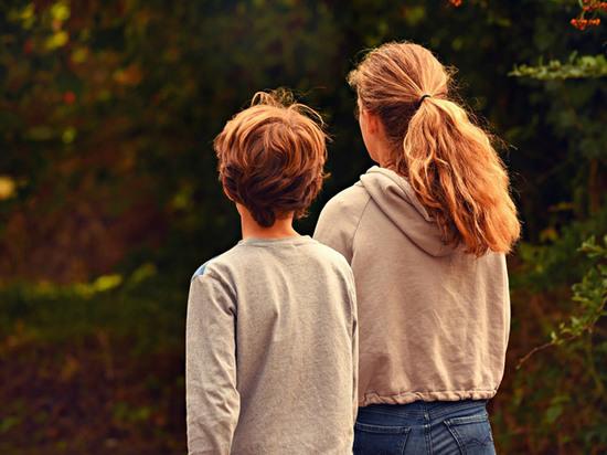 Что делать, если ваш ребенок влюбился: признания детей и родителей
