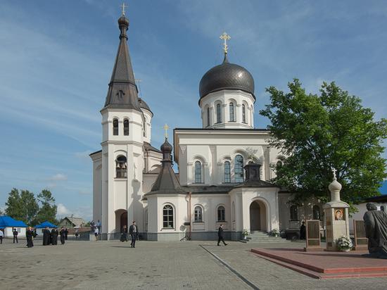 Из женского монастыря в Ленобласти вынесли украшений на три миллиона рублей