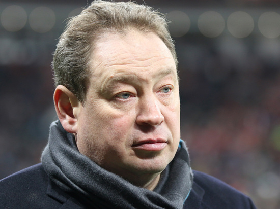 Знаменитый тренер вступил в спор с волгоградскими властями, которые мешают ему учить детей играть в футбол.