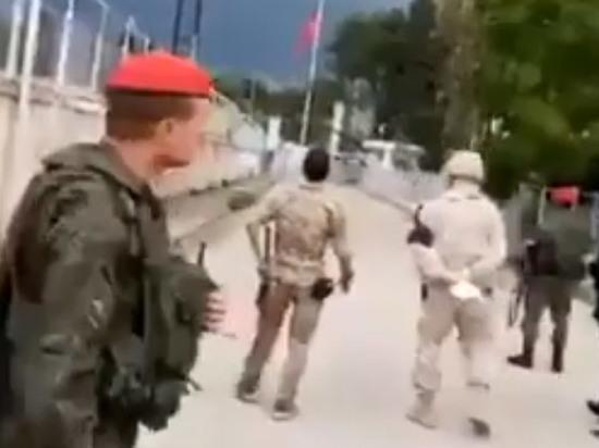 Курдские СМИ: российская военная полиция попала под обстрел в Сирии