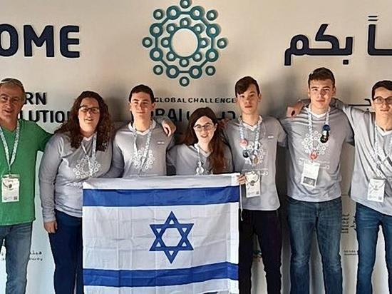Разрешено к публикации: Израильские школьники увезли из Дубая серебро