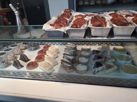 Минздрав сообщил об уничтожении тортов в кафе-кондитерской «Хаба Бэйкери»