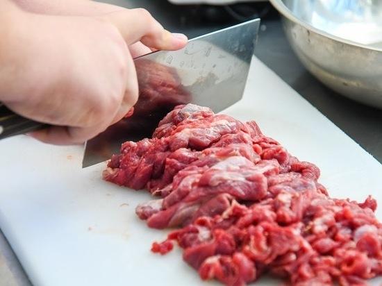 Диетологи назвали самые вредные для здоровья виды мяса