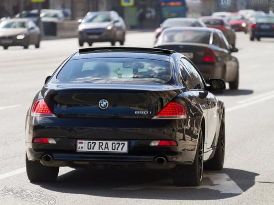 Интуристы на авто стали настоящей проблемой на дорогах Казахстана