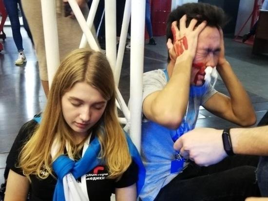 Волонтеры, принимающие участие в проходящем в Иванове форуме, прошли курс оказания первой помощи
