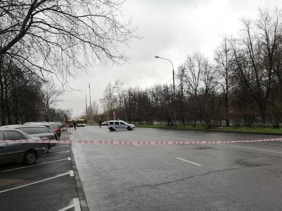 На улице на северо-западе Москвы нашли подозрительный предмет