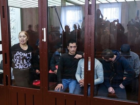 Прения сторон по делу о теракте в метро Петербурга отложили