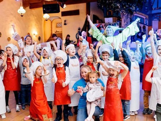 В Челябинске на благотворительном вечере «Русская Вечора» собрали 385 тысяч рублей