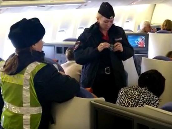 Актриса Вележева возмущена снятием с рейса в Израиль: просто безобразие!
