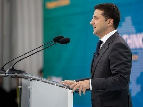 Зеленского призвали задуматься о реинтеграции Украины в Россию