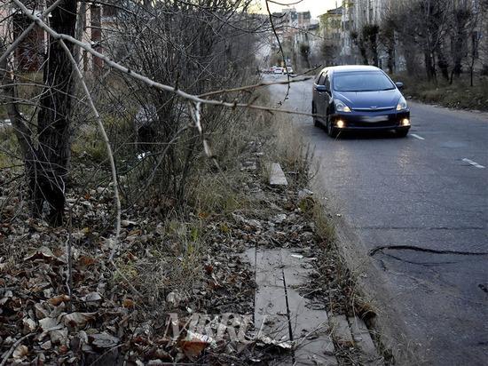 Читинка пожаловалось на отсутствие тротуаров на Нечаева