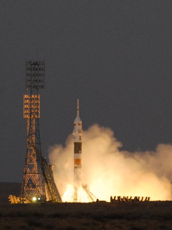 Россия урежет свои космические экипажи ради американцев