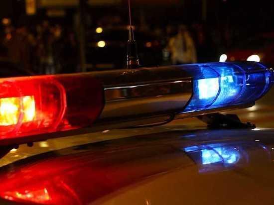 Легковушка сбила двух пешеходов в Калуге