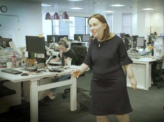 """Последствия офисной работы """"проиллюстрировали"""" жутким манекеном"""