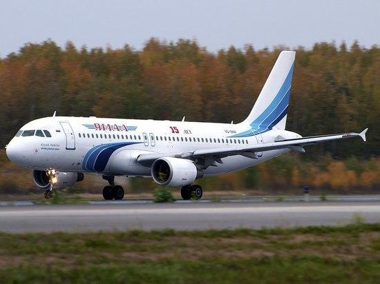 Летевший в Петербург SSJ-100 совершил аварийную посадку в Тюмени