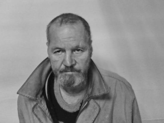 Задержан мужчина, подозреваемый в продаже столовых ложек под видом серебра