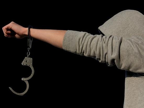 Подростков обвиняют в смерти мужчины и насилии над женщиной в Забайкалье