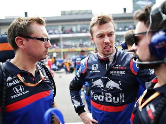 Гонщик Даниил Квят заявил о предвзятости судей Гран-при США