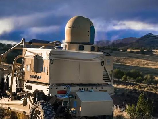 Эксперт раскритиковал американский лазерный анти-дрон: мощности не хватит