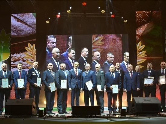 Аграрии Чувашии собрались на праздник вЛедовом дворце