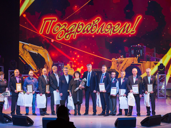 В Чебоксарах отметили 44-я годовщину содня выпуска первого трактора