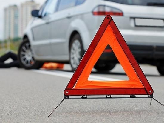 Водитель Toyota Auris сбил девушку в Чите и скрылся с места ДТП