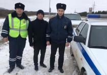 В Татарстане автоинспекторы помогли владельцу заглохшей машины