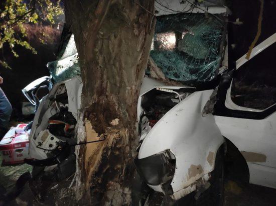 Остаются тяжелыми двое пострадавших в ДТП с микроавтобусом на Ставрополье
