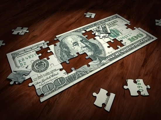 Американские СМИ: борьба Москвы с долларом не приносит плодов
