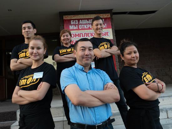 В Казахстане появился первый ресторан с глухонемым персоналом