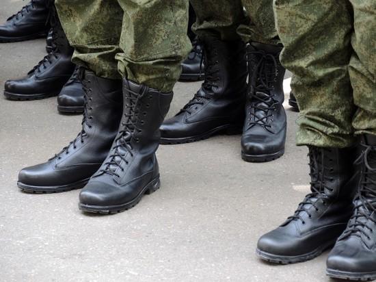 Отец рядового Шамсутдинова назвал причину массового расстрела