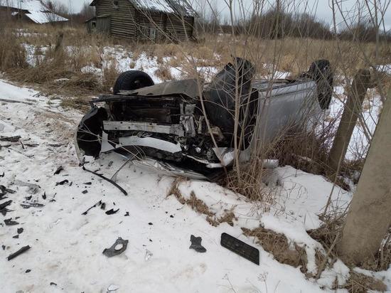 На смертельной дороге Архангельской области снова ДТП – пострадали ребёнок и барышня