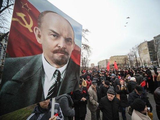 Россия по-прежнему беременна революцией: призраки 7 ноября