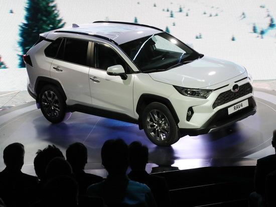 В Петербурге начали производство нового внедорожника Toyota RAV 4