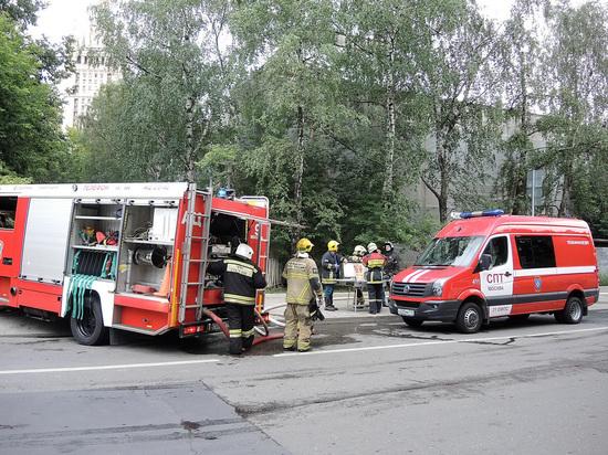 Неизвестный пригрозил сбросить бомбу на ТЦ в Химках