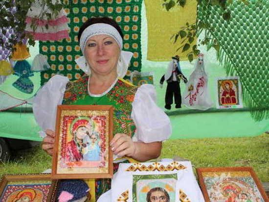 Брянская вышивальщица стала лучшей на международном конкурсе