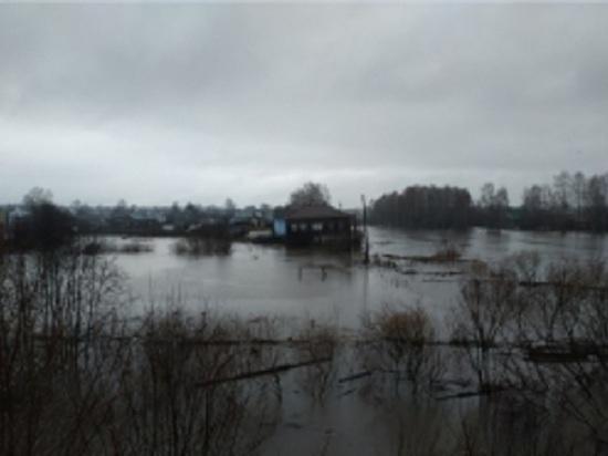 В Солигалич Костромской области стянуты силы МЧС и областных спасательных служб