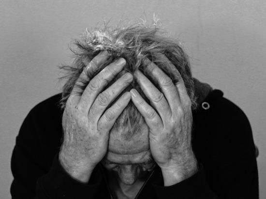 Мясников: как понять, что головная боль сигналит о раке мозге