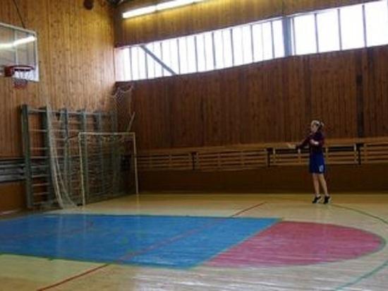 На Алтае из-за превышения уровня радона в 10 раз закрыли спортзал в местной школе