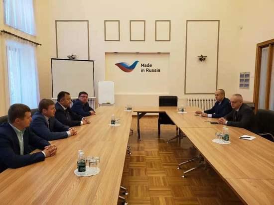Делегация Иркутской области посетила торгпредство Российской Федерации в Китае
