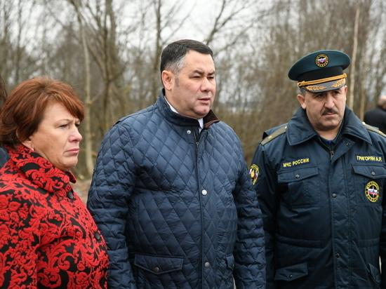 Игорь Руденя лично проверил ход ремонта затопленных дорог в Тверской области
