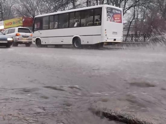 В Кирове подтопило несколько улиц