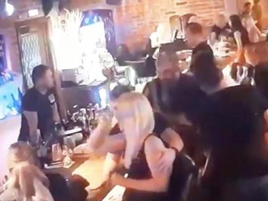 Выяснилось, за что следователю откусили щеку в московском баре