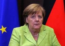 Меркель не согласилась с мнением Макрона о