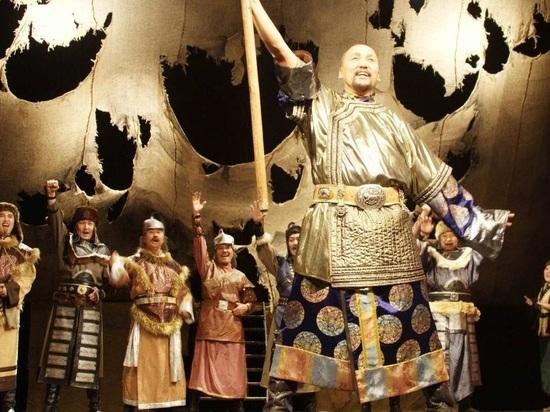 Калмыцкие актеры выступят на сцене московского театра