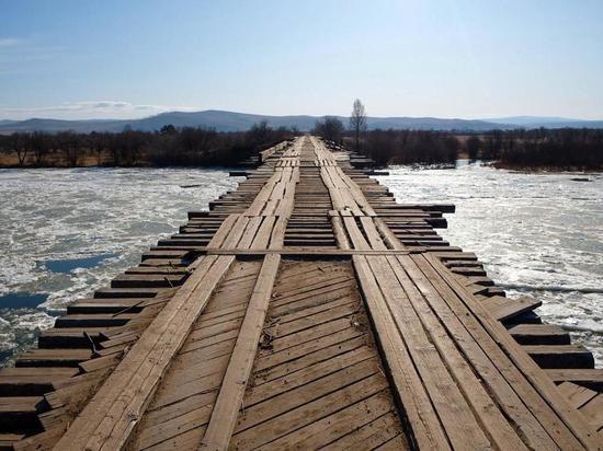 Бурятия возьмет в свою собственность самый опасный мост в мире