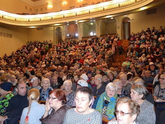 Дворцу культуры ПАО «ЧМК» исполнилось 62 года
