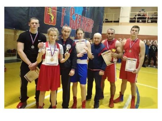 Серпуховичи стали лучшими на межрегиональном турнире по боксу «Память»