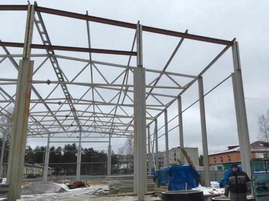 ФОК в Медвежьегорске активно разбирают перед тем, как начать строить заново